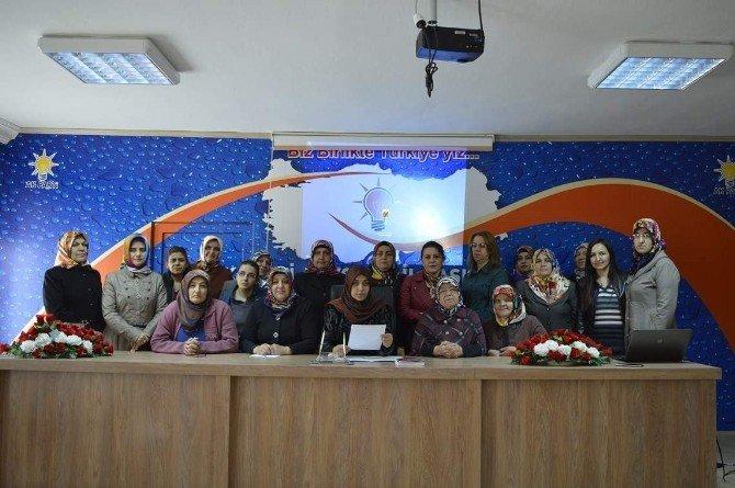 AK Parti Nevşehir Kadın Kolları Hocalı Katliamını Kınadı