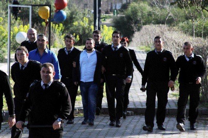 Akdeniz Üniversitesi'nde Olaylar: 12 Gözaltı