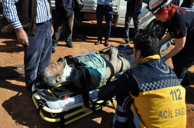 Antalya'da inşaat çöktü: 4 yaralı