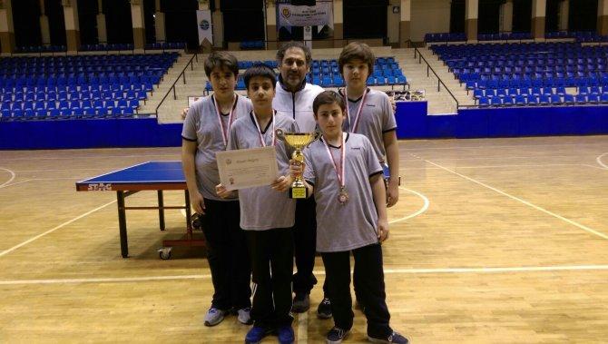 Özel Muzaffer Ancın Ortaokulu masa tenisinde Aydın şampiyonu