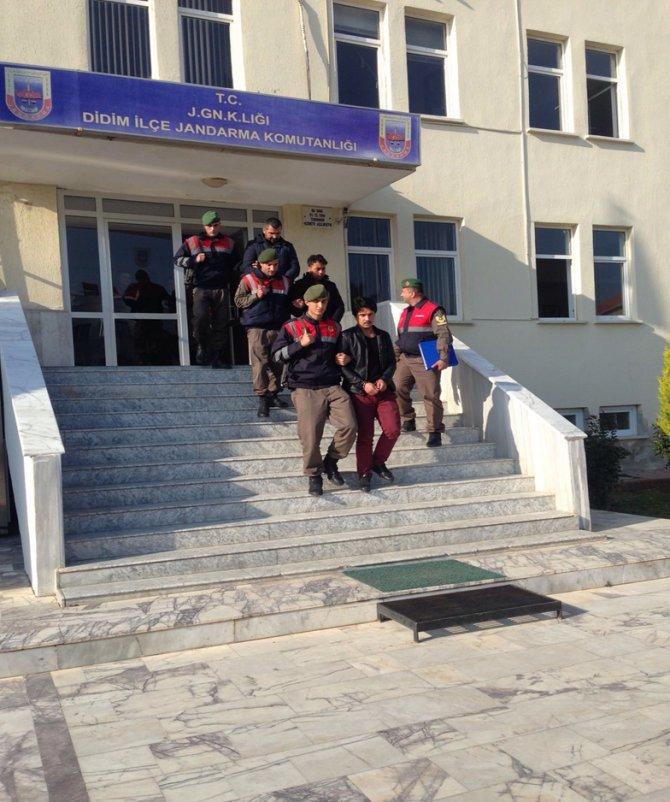 Aydın'da üç göçmen kaçakçılığı zanlısı yakalandı