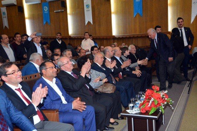 Başkan Eşkinat 1. Roman Çalıştayına Katıldı