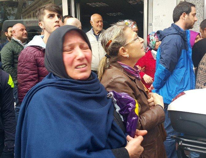 Cumhurbaşkanı Erdoğan'a Kasımpaşa'da Sevgi Seli