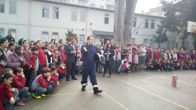 Okulda Yangın Tatbikatı