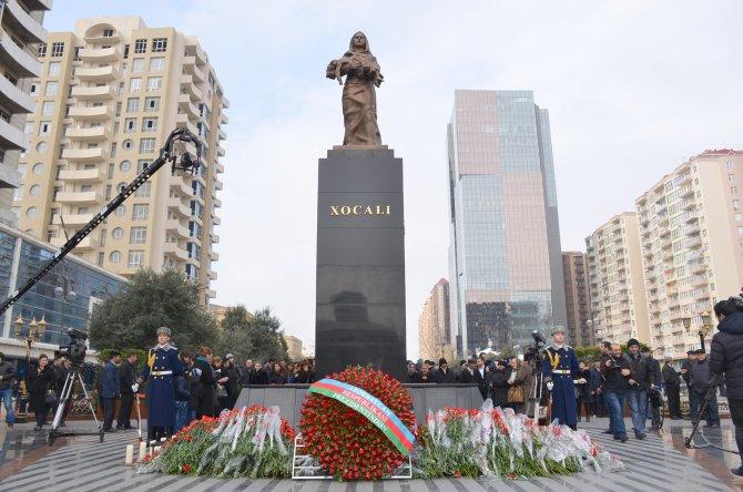 Hocalı Soykırımı'nın 24. yıl dönümünde acılar tazelendi