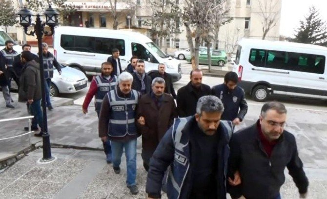 """Erzurum'daki """"Paralel Yapı"""" Operasyonunda 11 Tutuklama"""