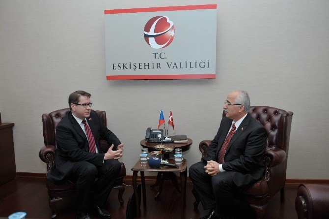 Çek Büyükelçi Kafka'dan Vali Tuna'ya Ziyaret