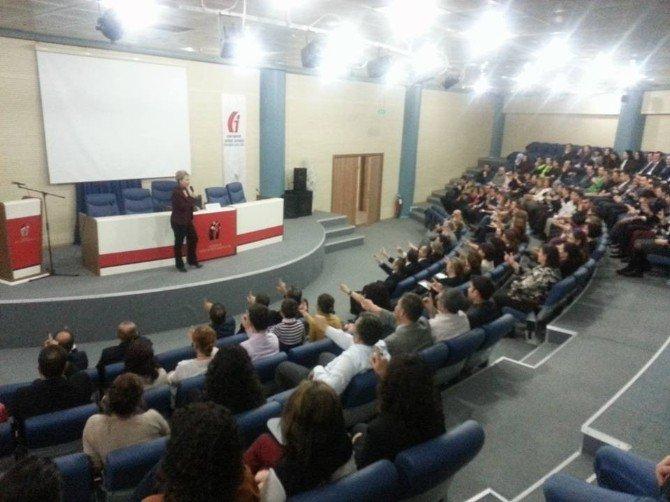 """Eğitimci-yazar Şenyüzlü'den """"Anlayarak Hızlı Okuma"""" Semineri"""