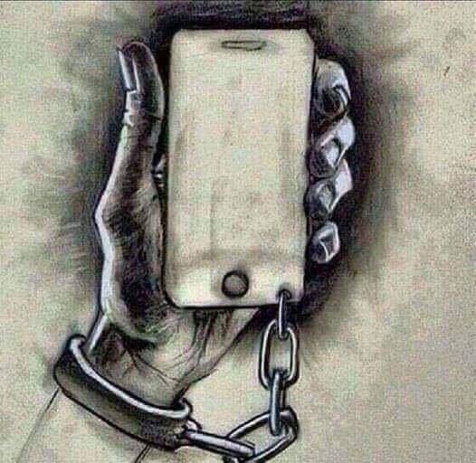 7'den 70'e herkesi bekleyen büyük tehlike: Teknolojik bağımlılık!