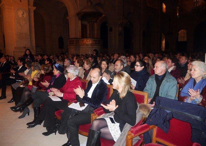 Hocalı Katliamının Anısına Paris'te Anma Konseri