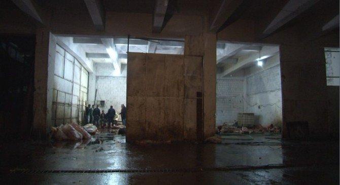 İzmir'de AT ETİ Operasyonu: 14 AT Kesilmiş Halde Bulundu