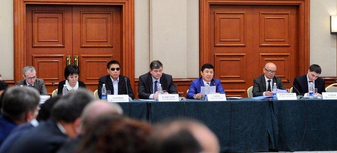 Kırgızistan Başbakanı: 2016 yılında ekonomik istikrar kolay olmayacak