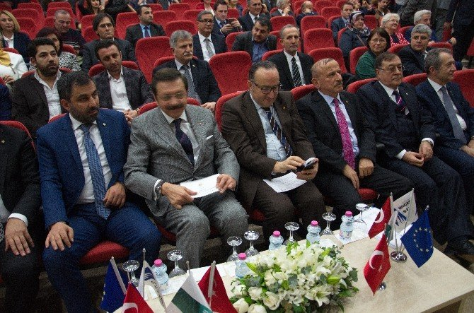 """TOBB Başkanı Hisarcıklıoğlu: """"CERN İle İş Yapıyorum Diyorsan Kapılar Sonuna Kadar Açılır"""""""