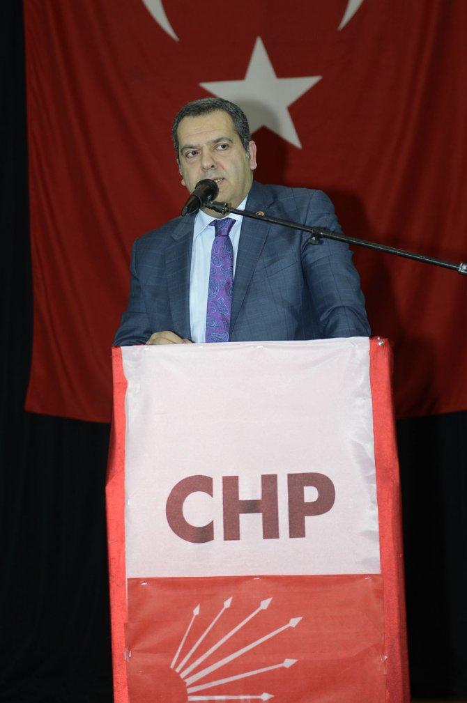 CHP İngiltere Birliği 1. yılını Atilla Taş'la kutladı