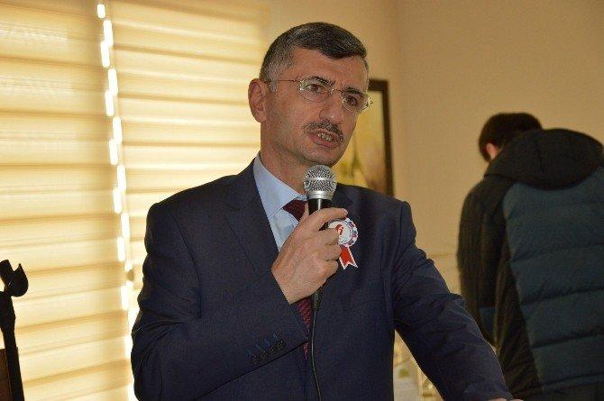 Manisa'da Vergi Rekortmenleri Ödüllendirildi