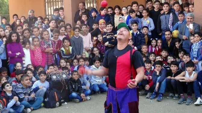 Kızıltepe Öğrencilere Sirk Gösterisi Yapıldı