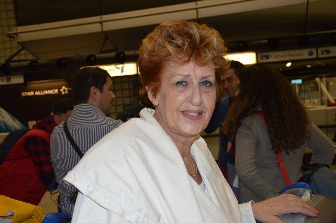 Hollandalı Türk doktorlar, sağlık taraması için Uganda'ya gitti