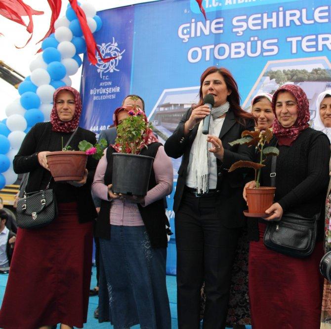 Aydın sokakları Mutaflarlı kadınların yetiştirdiği çiçeklerle süslenecek