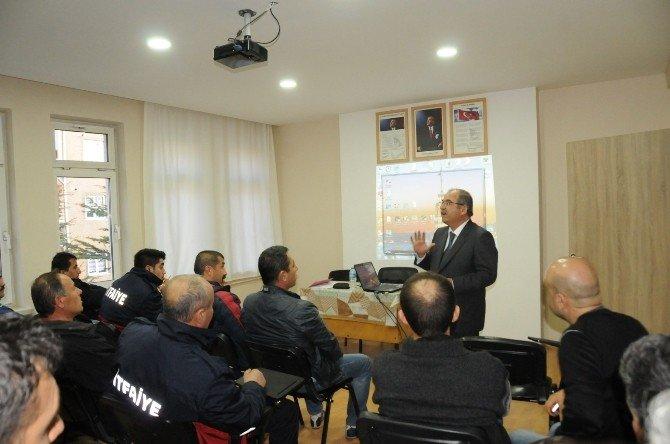 Niğde Belediyesi İtfaiye Personeline Halkla İlişkiler Ve İletişim Kursu Veriliyor