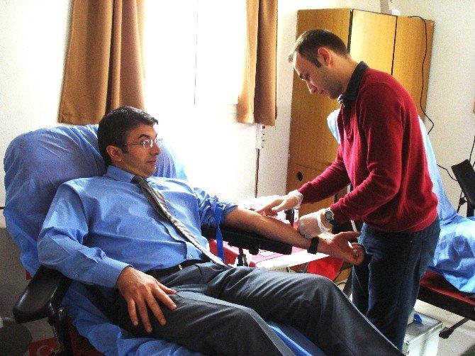 Sarıgöl'de Kan Bağışı Kampanyasına Büyük İlgi
