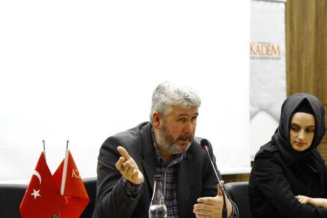 """SAÜ'de """"Postmodern Darbe Ve 28 Şubat'ın İzleri"""" Konulu Panel Yapıldı"""