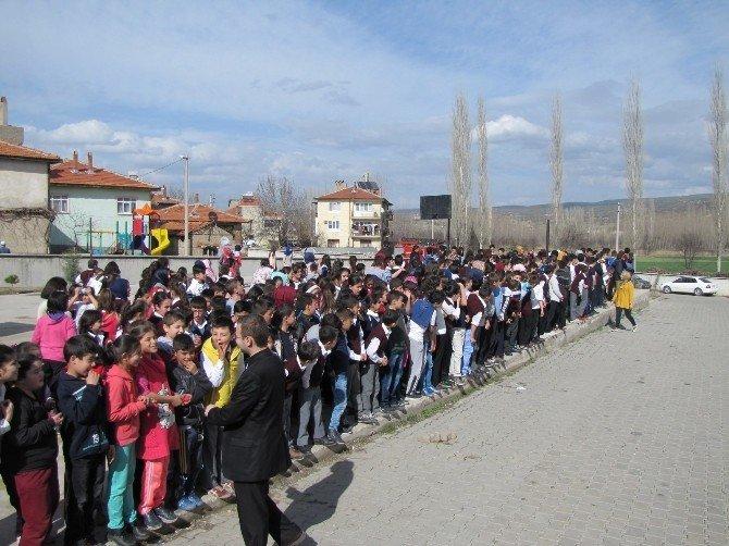 Şehitler Ortaokulunda Deprem Ve Yangın Tahliye Tatbikatı
