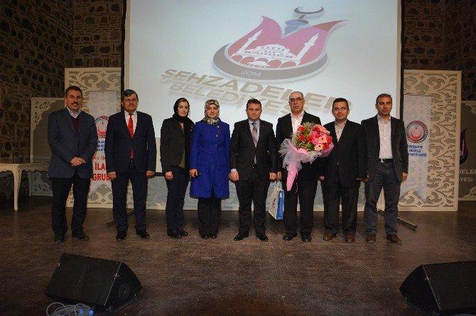 'Allah'ın Erinin Yolu' Konferansına Büyük İlgi