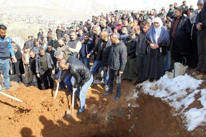 Cizre'de Ölen İslam Balıkesir Toprağa Verildi