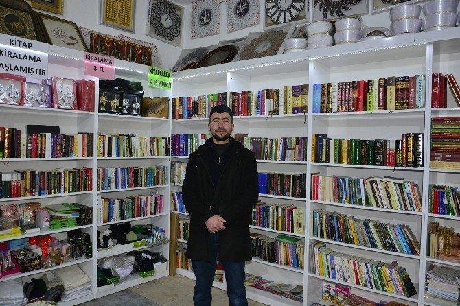 """Sungurlu'da """"Bir Kitap Da Sen Oku"""" Kampanyası"""