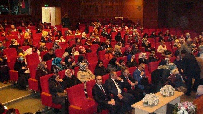 Tuzla'da Aile Akademisi Paneline Vatandaşlardan Yoğun İlgi