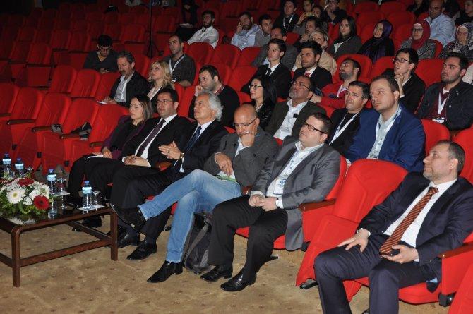 UAÜ'de Girişimcilik Zirvesi 2016 düzenlendi