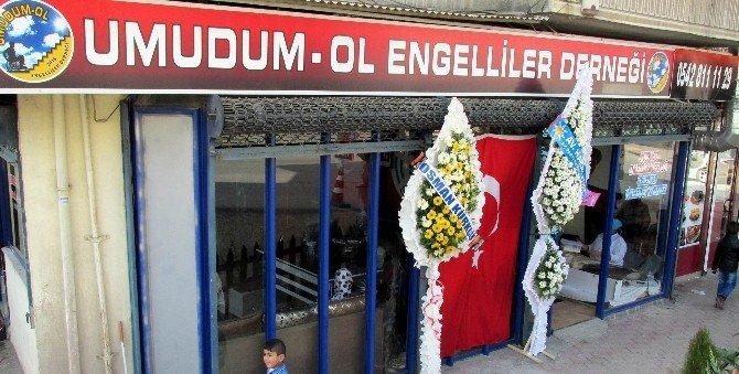 Gaziantep'te Tamamı Engellilerin Çalıştığı Lokanta Açıldı