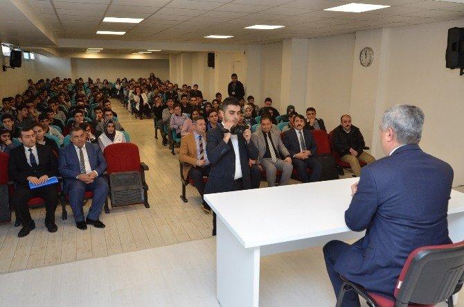 Polat, Gelecek Hepimizin Projesi Çerçevesinde Öğrencilerle Buluştu