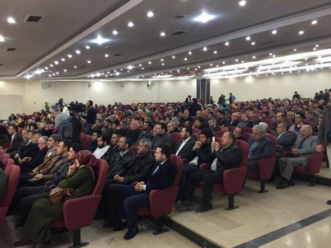 AK Parti Gençli Kollarından 'Şubat Hiç Bin Yıl Sürer Mi' Konferansı