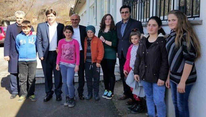 Başkan Oral, Makedon Öğrencilerle Buluştu