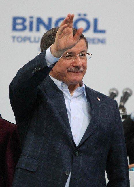 Başbakan Davutoğlu Bingöl'de