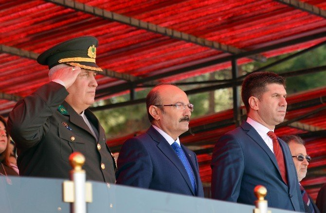Burdur'da Bin 828 Asker Yemin Etti