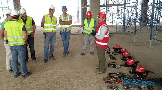 Didim'de İnşaat Sektörü İçin Yüksekte Çalışan Eğitimine Başlandı
