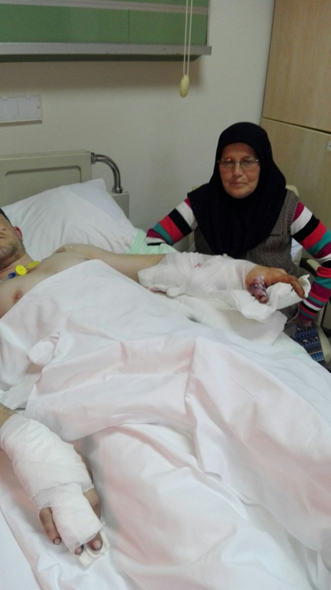Teröristlerin attığı el bombası ile yaralanan uzman çavuş GATA'ya kaldırıldı