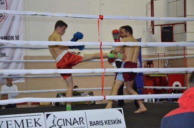Türkiye Profesyonel Kick Boks Şampiyonası Devam Ediyor