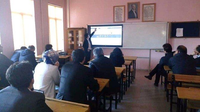 Gediz'de Eba Ve Etkileşimli Sınıf Yönetimi Semineri