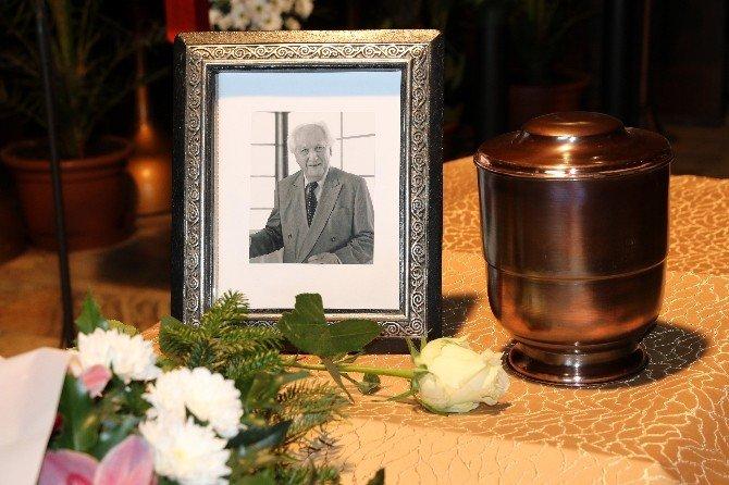 Dünyaca Ünlü Macar Türkolog Hazai Son Yolculuğuna Uğurlandı