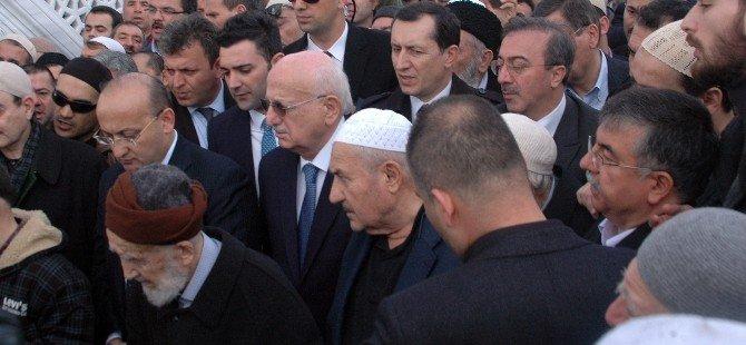 Said Nursi'nin Talebesi Said Özdemir Son Yolculuğuna Uğurlandı