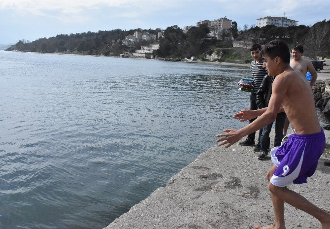 Sinop'ta Şubat Ayında Deniz Keyfi
