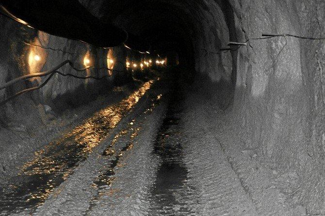 Zile İçme Suyu Barajında 320 Metrelik Tünelde Işık Göründü
