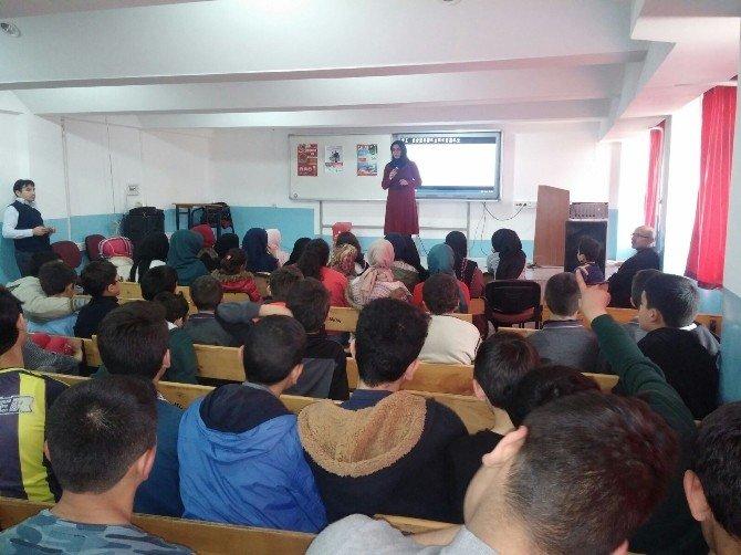 Tokat'ta Öğrencilere Çevre Ve Geri Dönüşüm Dersi