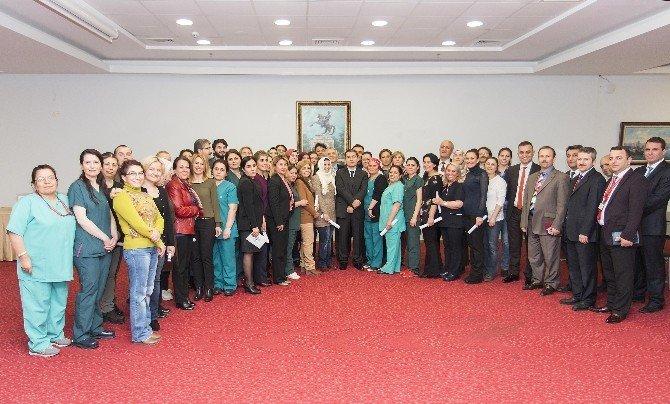 Sağlıkçılar Sertifikalarını Samsun'da Alıyor