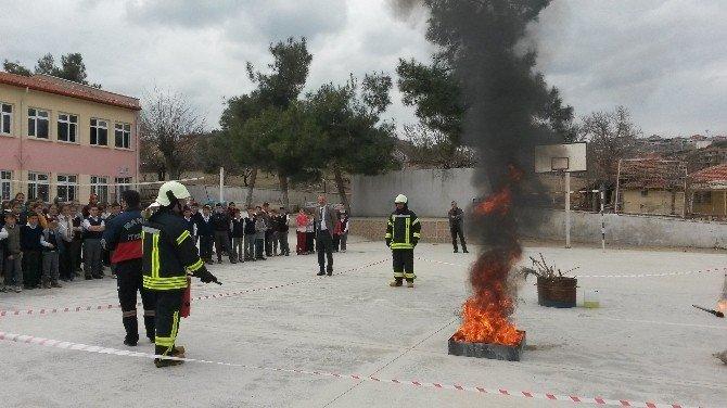 Öğrenciler Sivil Savunmayı Öğrendi