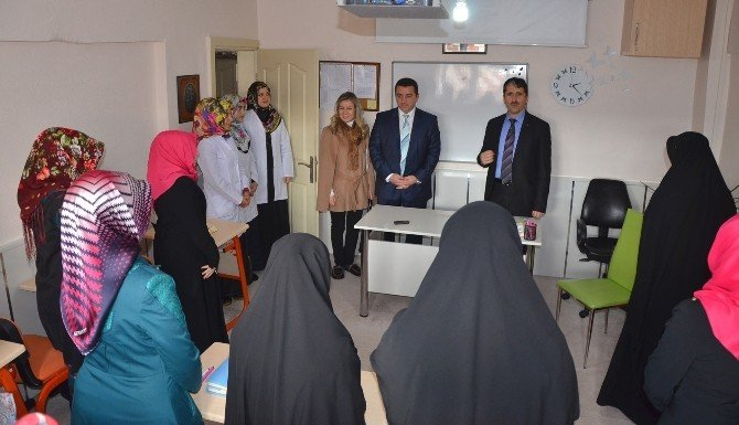 Başkan Bakıcı Kumral Abdal Kız Kur'an Kursu'nu Ziyaret Etti