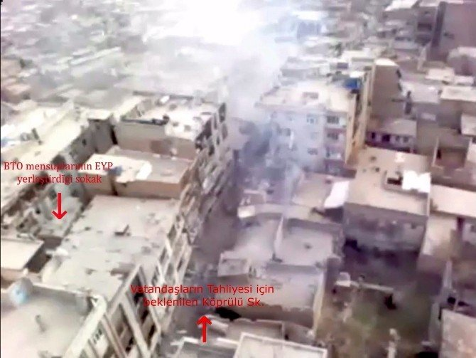 Sur'da Koridoru Fırsat Bilen Teröristler Sokaklara Patlayıcı Döşedi